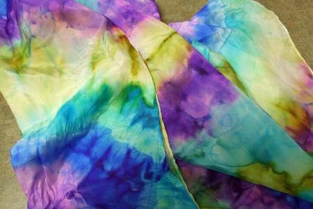 Hand-dyed scarf with Barb